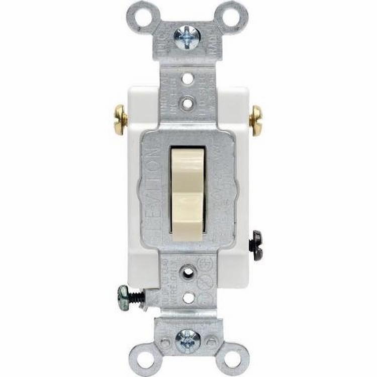 15 Amp Single Pole Light Switch